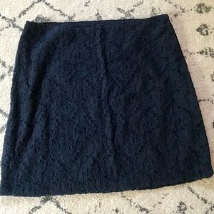 Hollister Embroidered Skirt Size 4